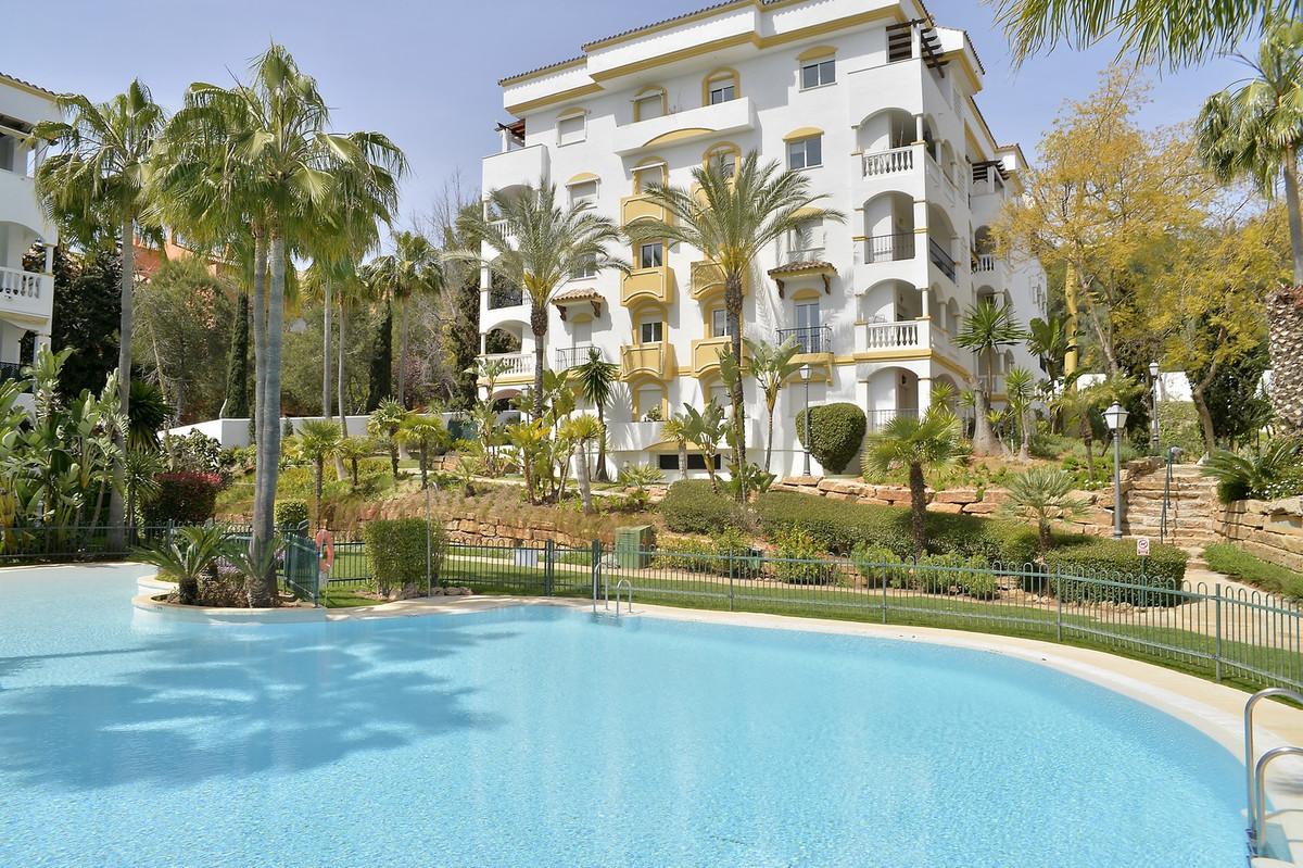 Hacienda Nagueles 2, Marbella Golden Mile, 2 bedroom apartment. This two bedroom apartment has a lar,Spain