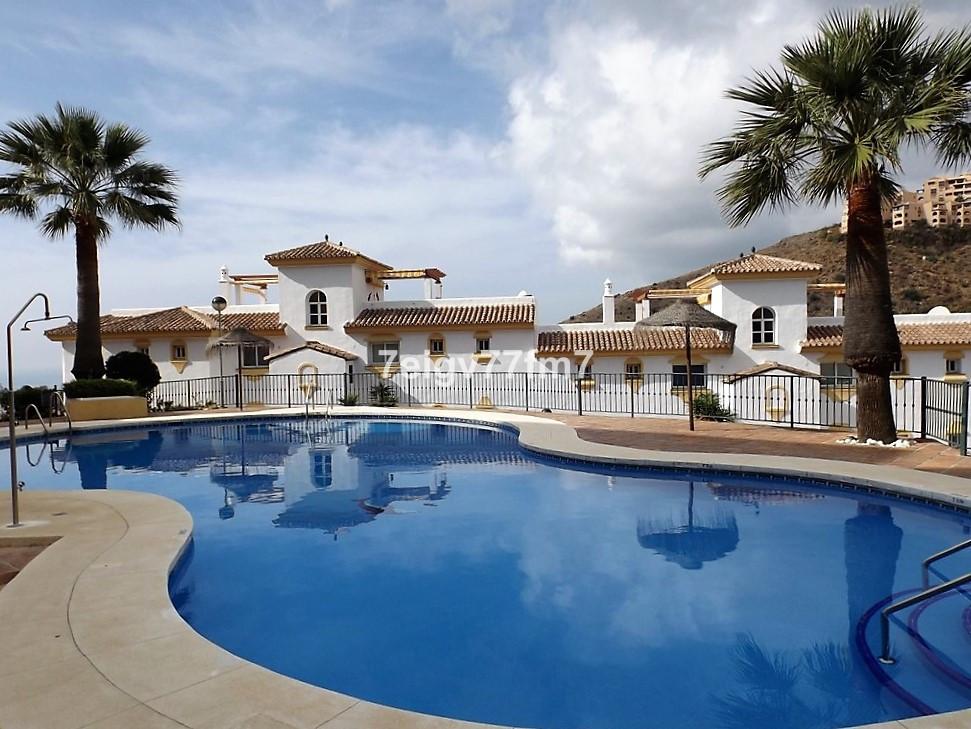Modern 2 bed 2 bathroom, (one en-suite) South facing top floor apartment with fabulous sea views at ,Spain