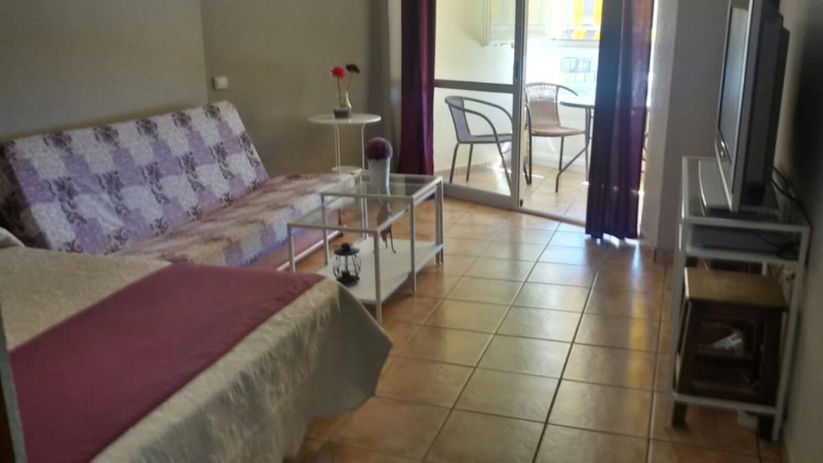 Middle Floor Studio, Benalmadena Costa, Costa del Sol. Built 31 m², Terrace 4 m².  Setting : Beachfr,Spain