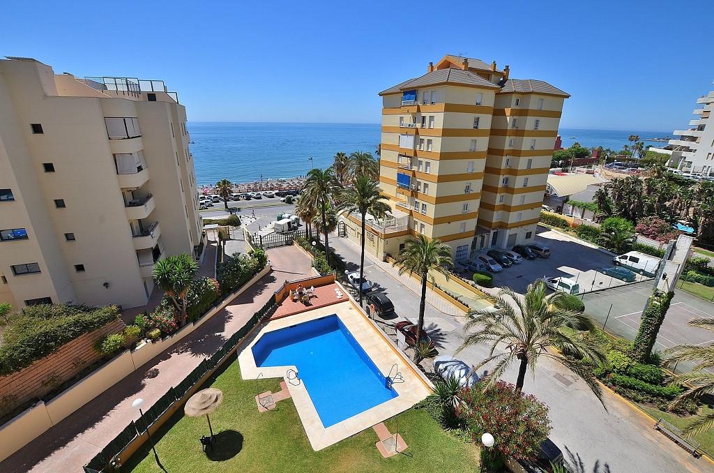 STUDIO WITH NICE SEA VIEWS located in Benalmadena Costa, in the renowned Parque de la Paloma area. A,Spain