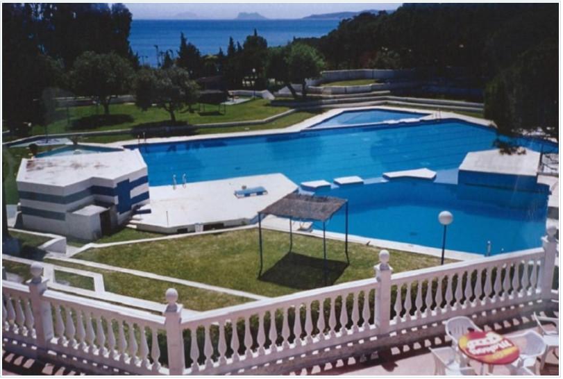 Bungalow, Estepona, Costa del Sol. 1 Bedroom, 1 Bathroom, Built 38 m², Terrace 6 m².  Setting : Town,Spain