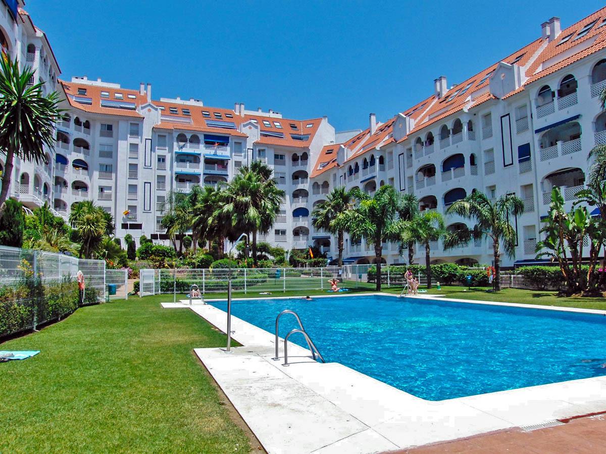 Large apartment San Pedro Alcantara sea views 3 bedrooms Magnificent apartment San Pedro Alcantara, ,Spain