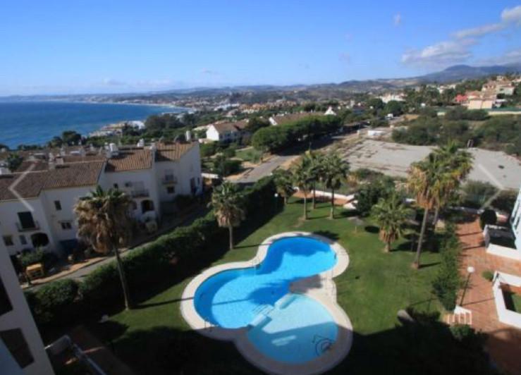 Top Floor Apartment, Estepona, Costa del Sol. 2 Bedrooms, 1 Bathroom, Built 86 m², Terrace 11 m².  S,Spain