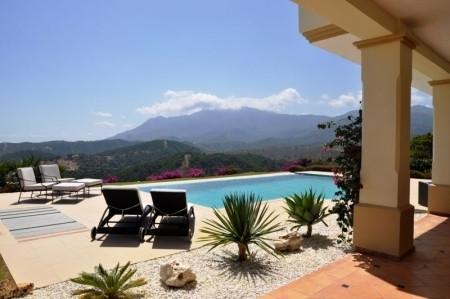 This magnificent estate, set against the backdrop of the Sierra Bermeja mountain range exudes peace ,Spain