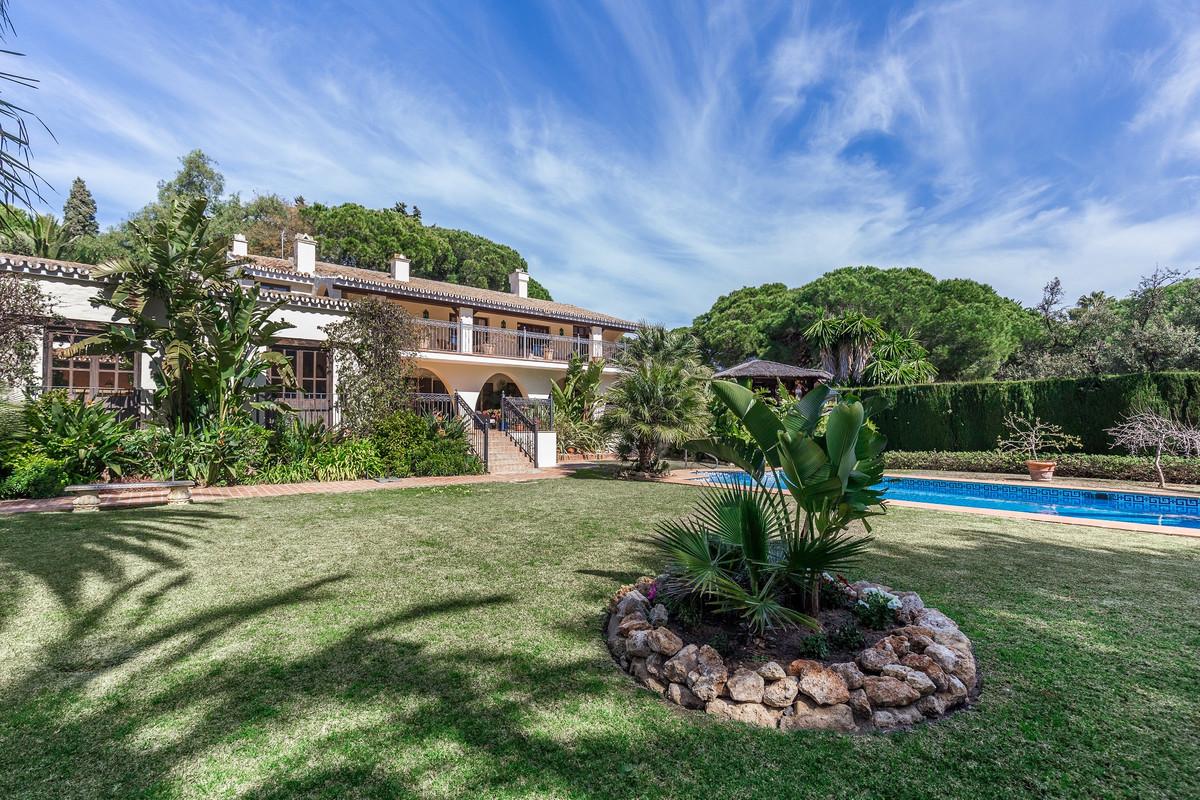 7 bedroom beautiful Andalucian Cortijo For Sale in Mijas Costa  (6 double bedrooms plus 1 bedroom ap,Spain