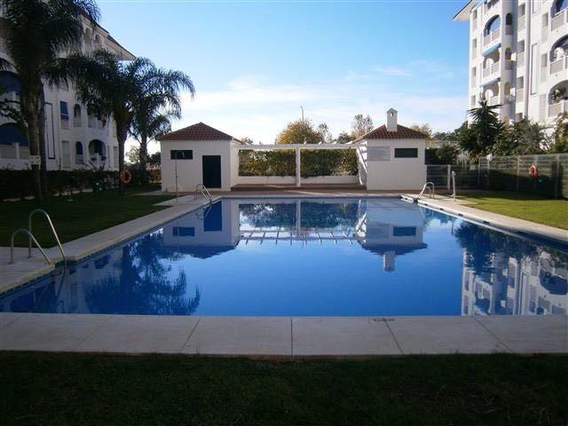 Ground Floor Apartment, San Pedro de Alcantara, Costa del Sol. 3 Bedrooms, 2 Bathrooms, Built 100 m²,Spain
