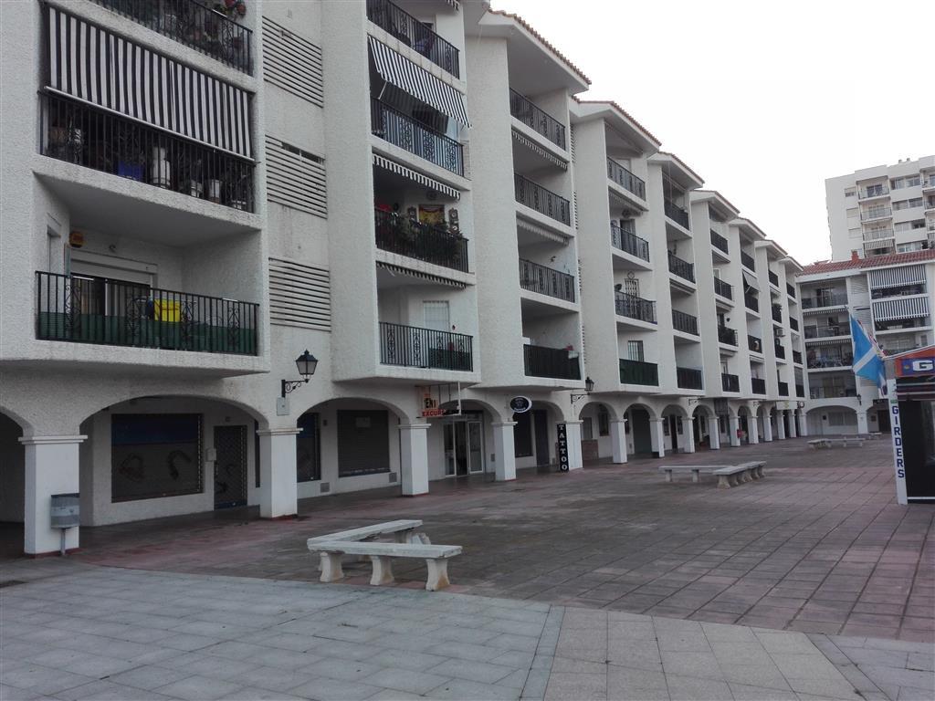 Middle Floor Apartment, Benalmadena Costa, Costa del Sol. 3 Bedrooms, 1 Bathroom, Built 89 m², Terra,Spain