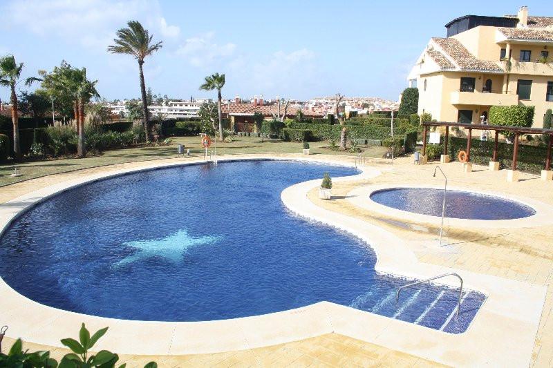 Ground Floor Apartment, Estepona, Costa del Sol. 2 Bedrooms, 2 Bathrooms, Built 130 m², Terrace 40 m,Spain