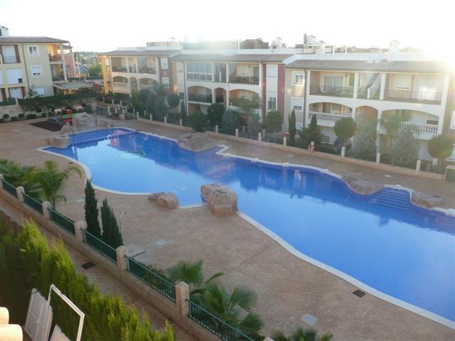 ES CAULLS (MARRATXI)ATICO DE 145 M2+ 3 TERRAZAS DE (9m2+18 m2+solrium 100 m2 )dispone de 4 dormitori,Spain