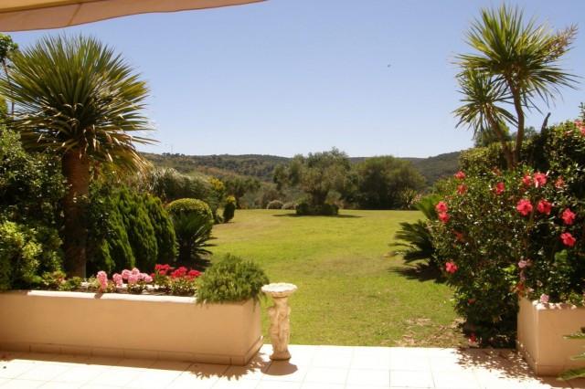 San Roque Golf: Large 3 bedroom 3 bathroom ground floor garden apartment front line on San Roque Gol,Spain
