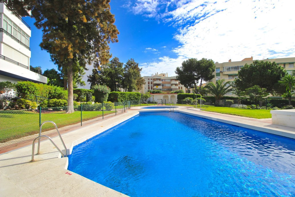Middle Floor Apartment, Arroyo de la Miel, Costa del Sol. 2 Bedrooms, 2 Bathrooms, Built 60 m², Terr,Spain