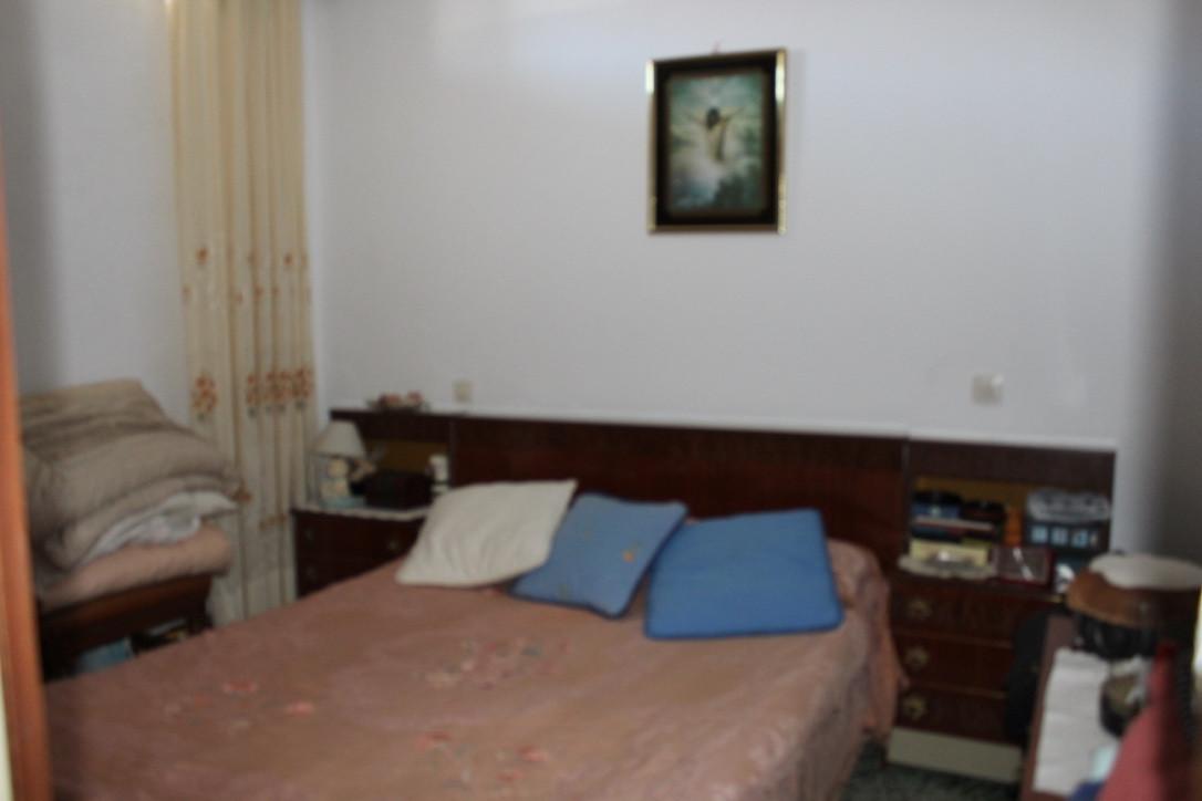 Townhousein La cala de Mijas to refurbish! Here you buy the location in a cosy residencial area of L,Spain