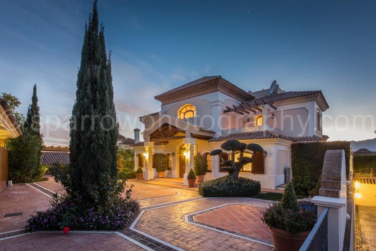 •Luxury Mediterranean style villa •Front line golf – 3rd fairway •West facing •Uninterrupted views o,Spain