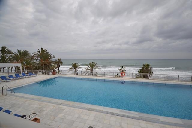 Ground Floor Apartment, Marbella, Costa del Sol. 2 Bedrooms, 2 Bathrooms, Built 120 m², Terrace 30 m,Spain