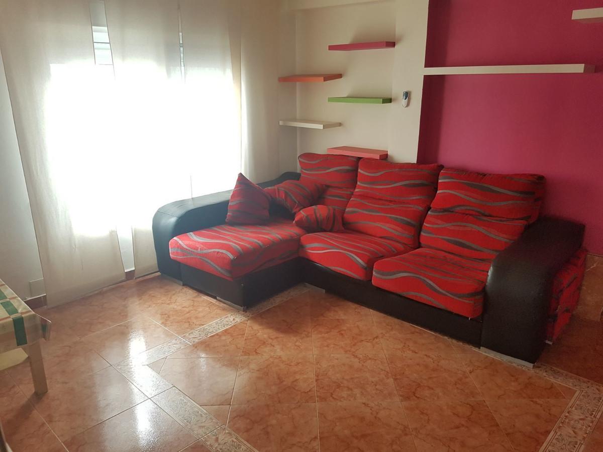 Second Floor Apartment, San Pedro de Alcantara, Costa del Sol. 2 Bedrooms, 1 Bathroom, Built 59 m², ,Spain