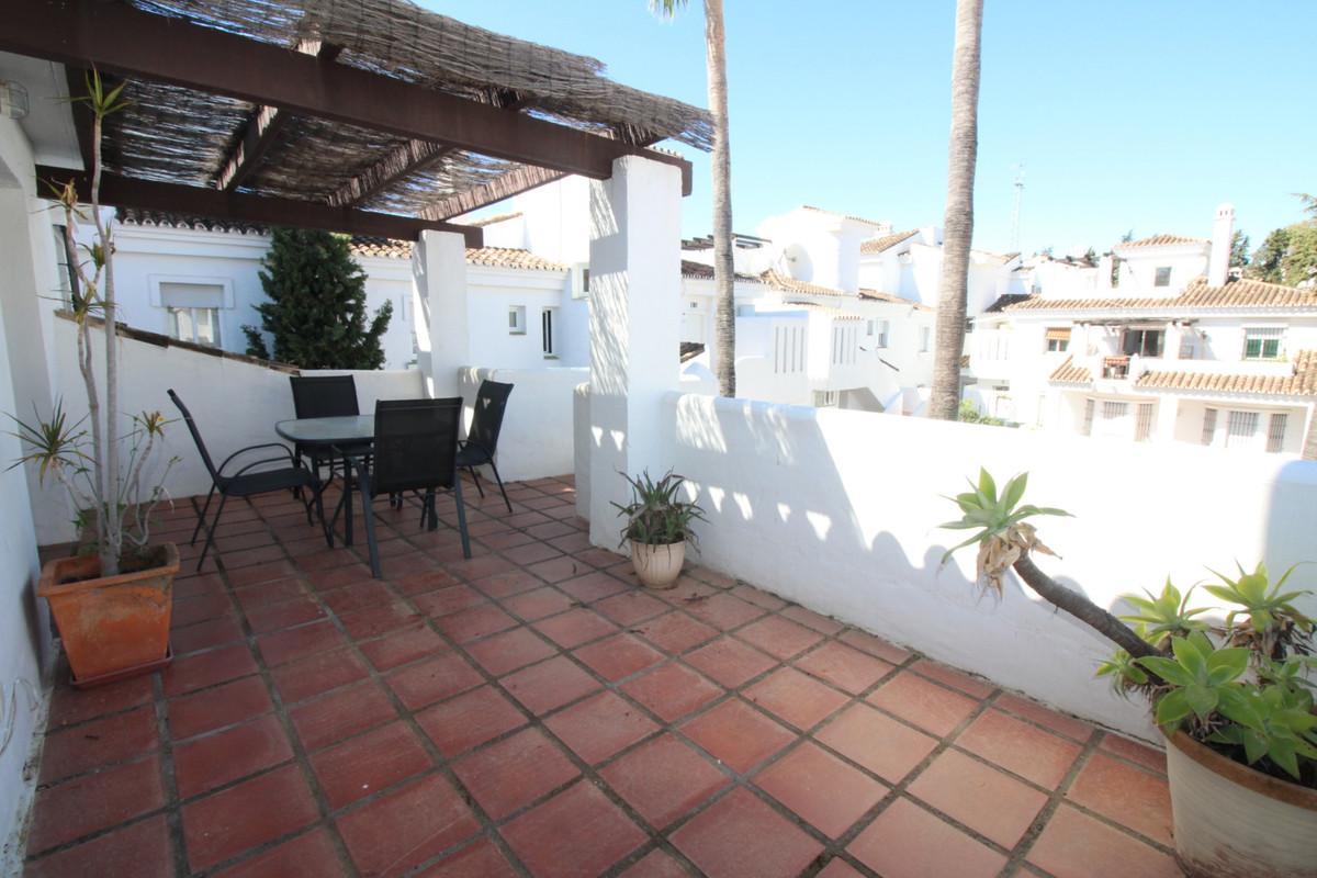 Bright penthouse in the wonderful urbanization los naranjos de marbella just 1.5 km from banus port.,Spain
