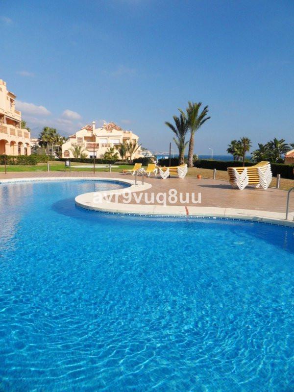 Wonderful ground floor apartment in the La Joya complex located within the superb Club La Costa comp,Spain