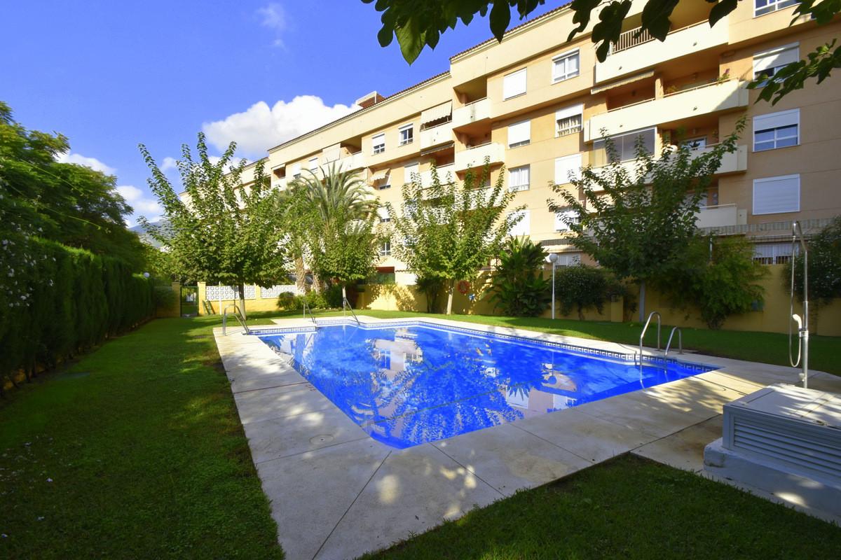 Middle Floor Apartment, Benalmadena Costa, Costa del Sol. 2 Bedrooms, 1 Bathroom, Built 60 m², Terra,Spain
