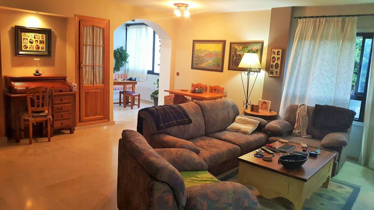 Great duplex 3 bedroom apartment very close to the popular Playa del Cristo beach in Estepona. 5 min,Spain