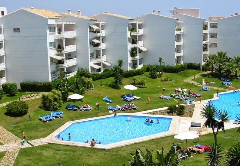 Apartment in Playa Rocio, 95.00 m2, 2 bedrooms, 2 baths, terrace of 9.00 square meters, orientation ,Spain