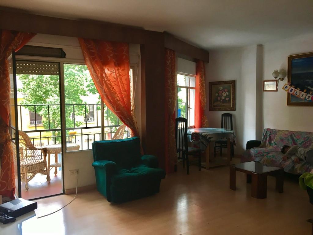 Middle Floor Apartment, Malaga Centro, Costa del Sol. 4 Bedrooms, 2 Bathrooms, Built 145 m², Terrace,Spain