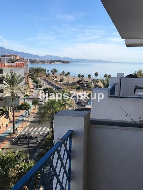 Middle Floor Apartment, Estepona, Costa del Sol. 1 Bedroom, 1 Bathroom, Built 69 m², Terrace 7 m².  ,Spain