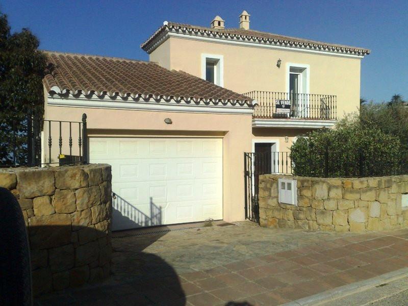 Beautiful villa in the golf course of La Duquesa with sea views. The villa is located in the mountai,Spain