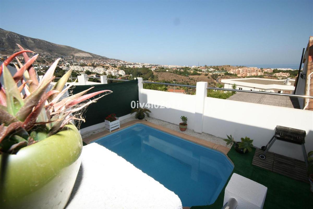 Great value house with private pool located below Benalmadena Pueblo in La Vinuela , total plot 115m,Spain