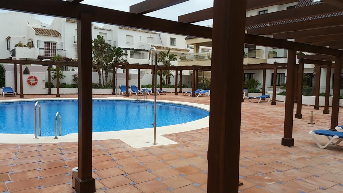 Property located in La Duquesa, Malaga, Costa del Sol. Bank repossession apartment of 99m2 built. Co,Spain