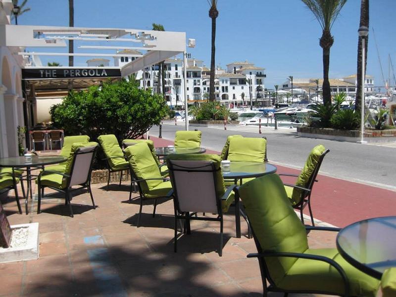 Large local on the ground level, 1st line port of Puerto de la Duquesa for sale!  Originally 3 local,Spain