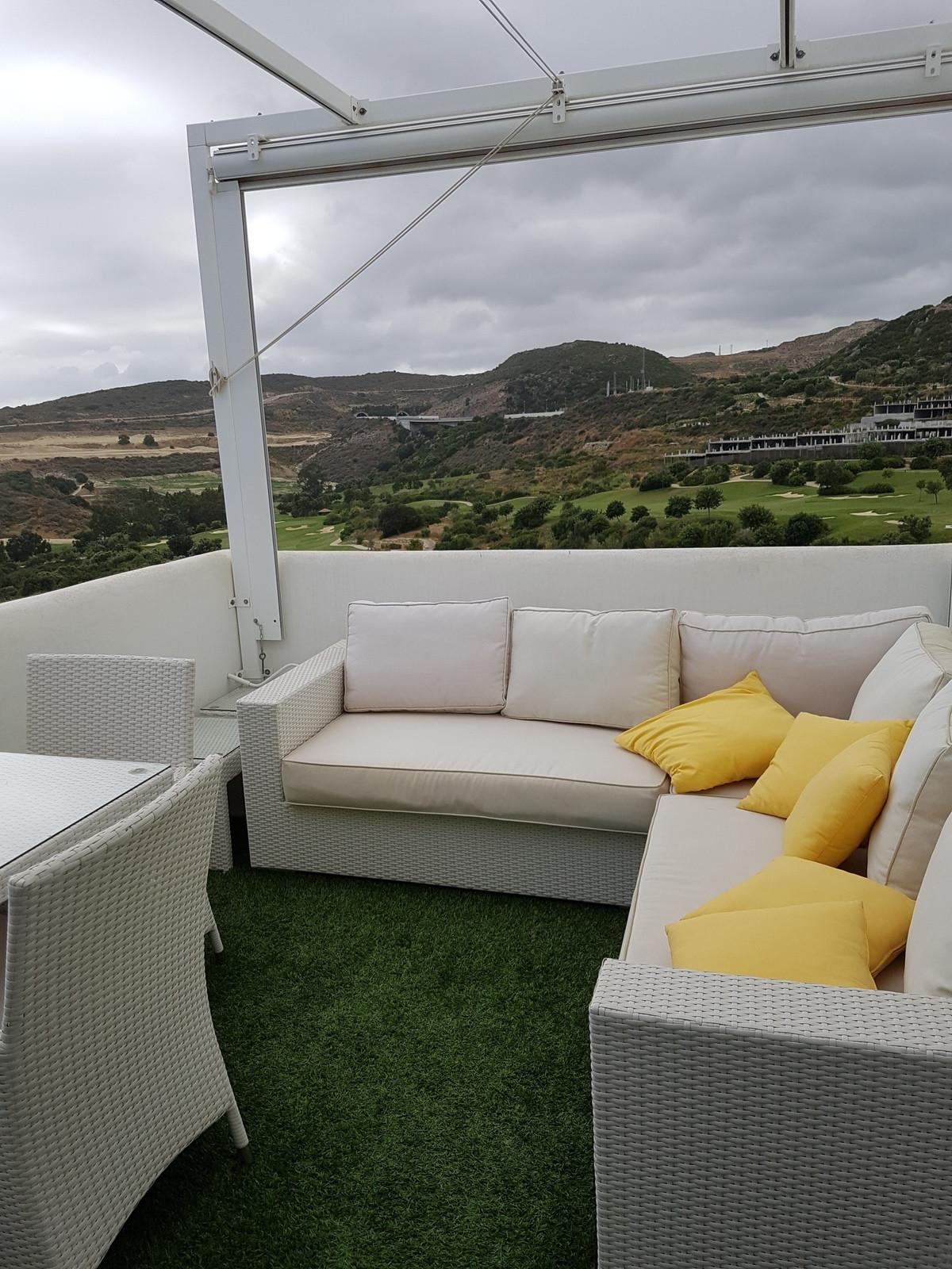 Top Floor Apartment, Valle Romano, Costa del Sol. 2 Bedrooms, 2 Bathrooms, Built 79 m², Terrace 12 m,Spain