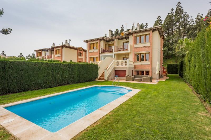 Semi Detached Villa for sale in Calahonda, Mijas Costa, with 4 bedrooms, 3 bathrooms, 1 toilets, the,Spain