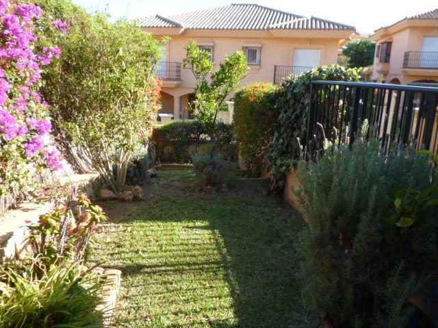 Semi-Detached House, Riviera del Sol, Costa del Sol. 5 Bedrooms, 5 Bathrooms, Built 237 m�, Garden/P,Spain