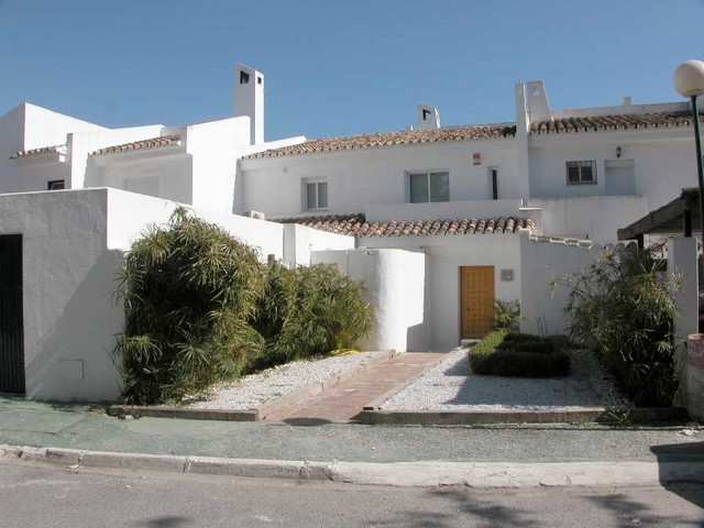 Townhouse,  Urbanization,  Fitted Kitchen,  Parking: Garage,  Pool: Communal Pool,  Garden: Private,,Spain