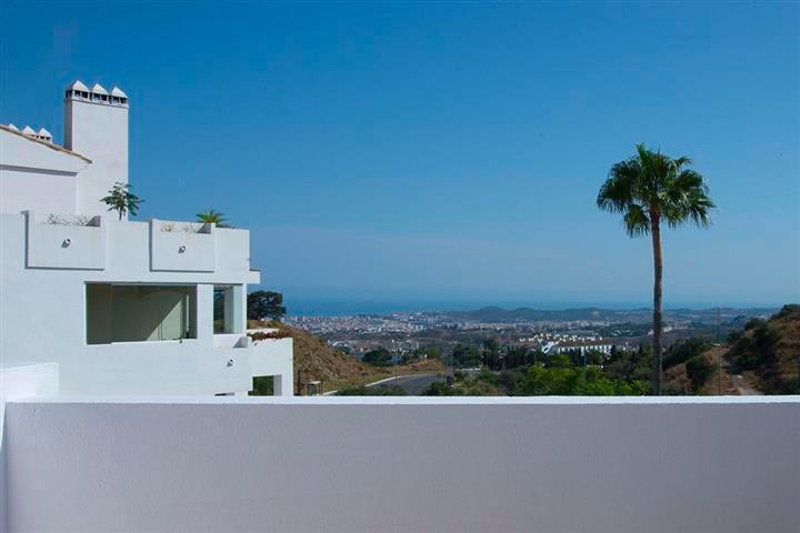 Middle Floor Apartment, Mijas Costa, Costa del Sol. 2 Bedrooms, 2 Bathrooms, Built 90 m�, Terrace 21,Spain