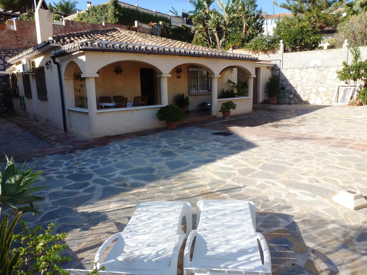 Detached Villa, Mijas Costa, Costa del Sol. 3 Bedrooms, 1 Bathroom, Built 176 m², Terrace 20 m², Gar,Spain