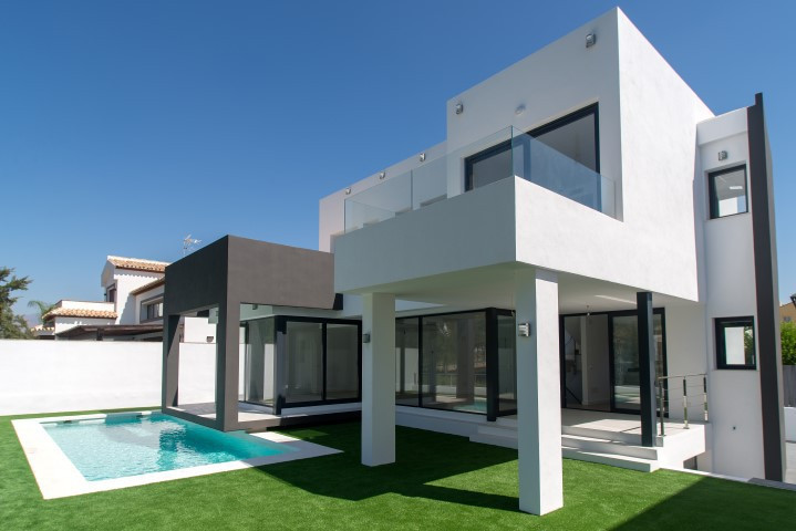 New build contemporary style villa located frontline golf La Noria and walking distance to La Cala d,Spain
