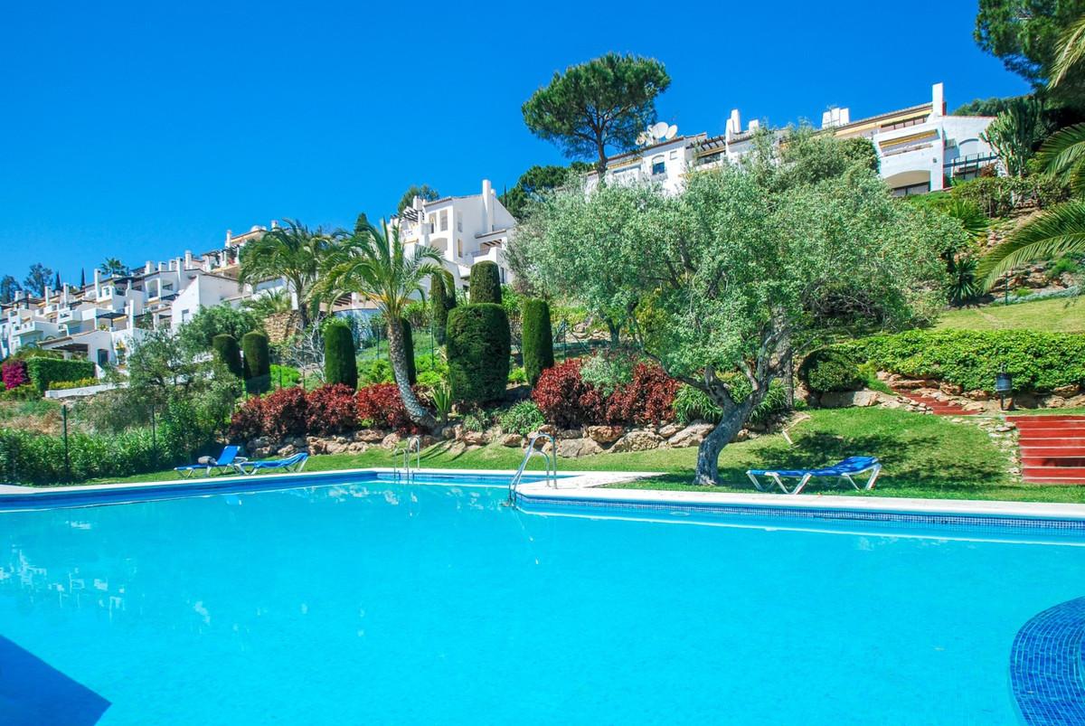 Benahavis. Urb. Puerto del Almendro. 2 bed apartment for sale. Nice family apartment in Puerto del A,Spain
