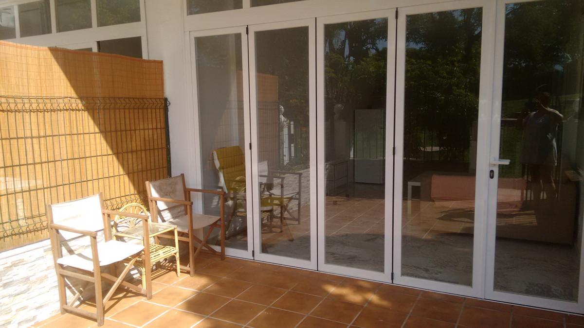 Ground Floor Apartment, Estepona, Costa del Sol. 1 Bedroom, 1 Bathroom, Built 73 m², Terrace 16 m². ,Spain