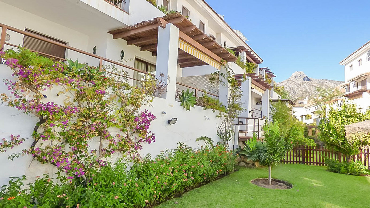 Ground Floor Apartment, The Golden Mile, Costa del Sol. 2 Bedrooms, 2 Bathrooms, Built 100 m², Terra,Spain