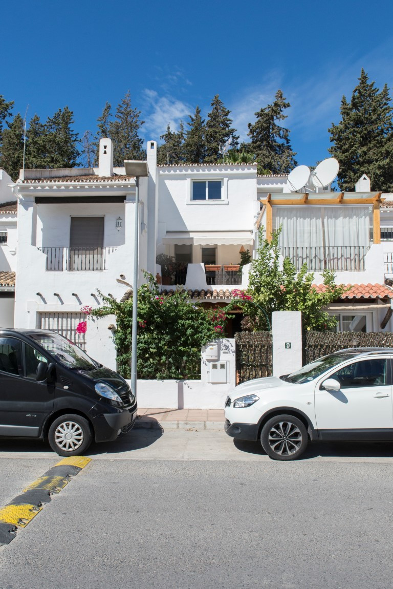 Townhouse, Nueva Andalucia, Costa del Sol. 4 Bedrooms, 3.5 Bathrooms, Built 197 m², Terrace 60 m².  ,Spain