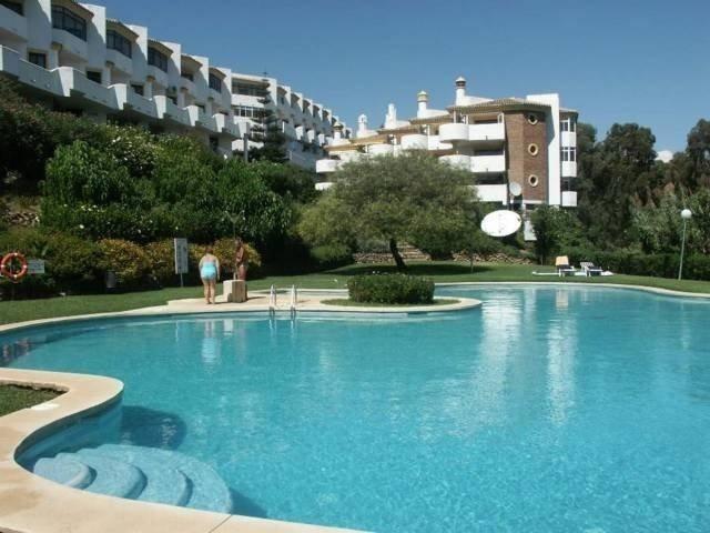 Middle Floor Apartment, Calahonda, Costa del Sol. 2 Bedrooms 2 Bathrooms Parking Storeroom Built 69 ,Spain