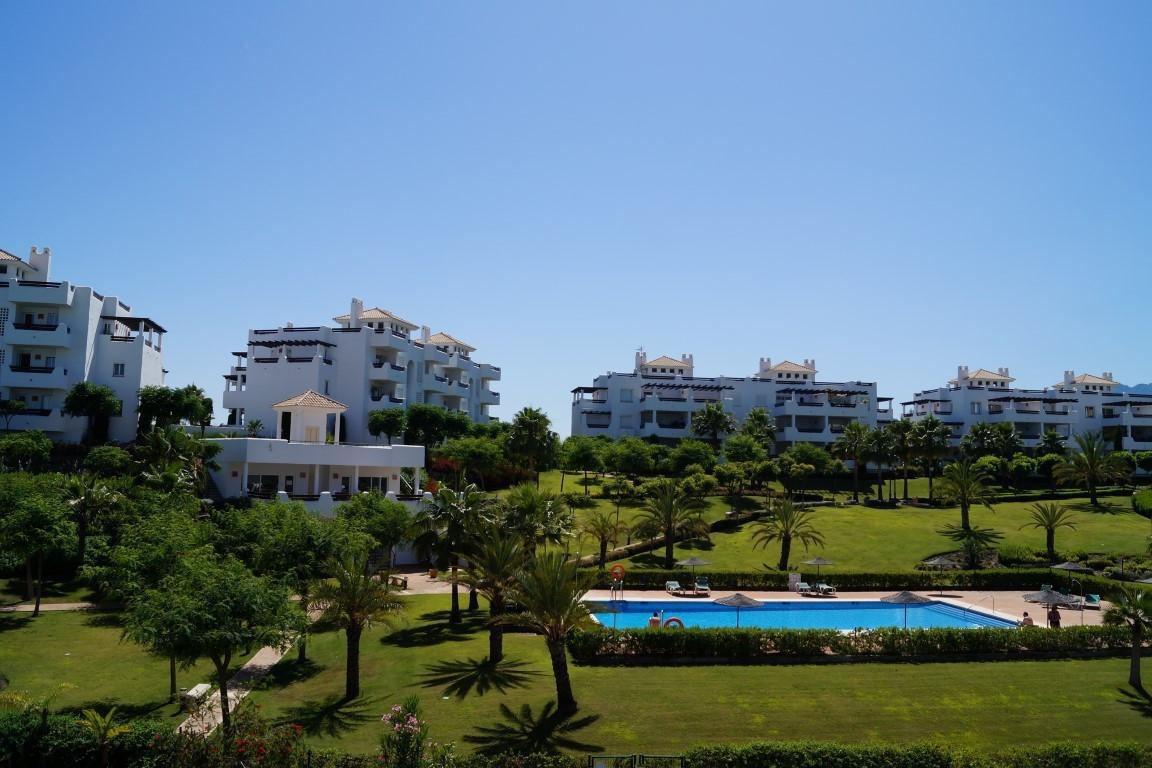 Townhouse, Selwo, Costa del Sol. 3 Bedrooms, 2.5 Bathrooms, Built 190 m², Terrace 100 m².  Setting :,Spain
