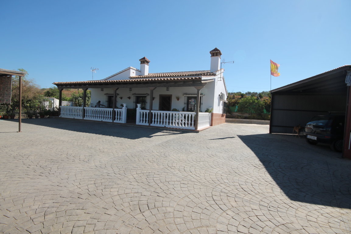 Finca - Cortijo, Cartama, Costa del Sol. 3 Bedrooms, 2 Bathrooms, Built 106 m², Terrace 46 m², Garde,Spain