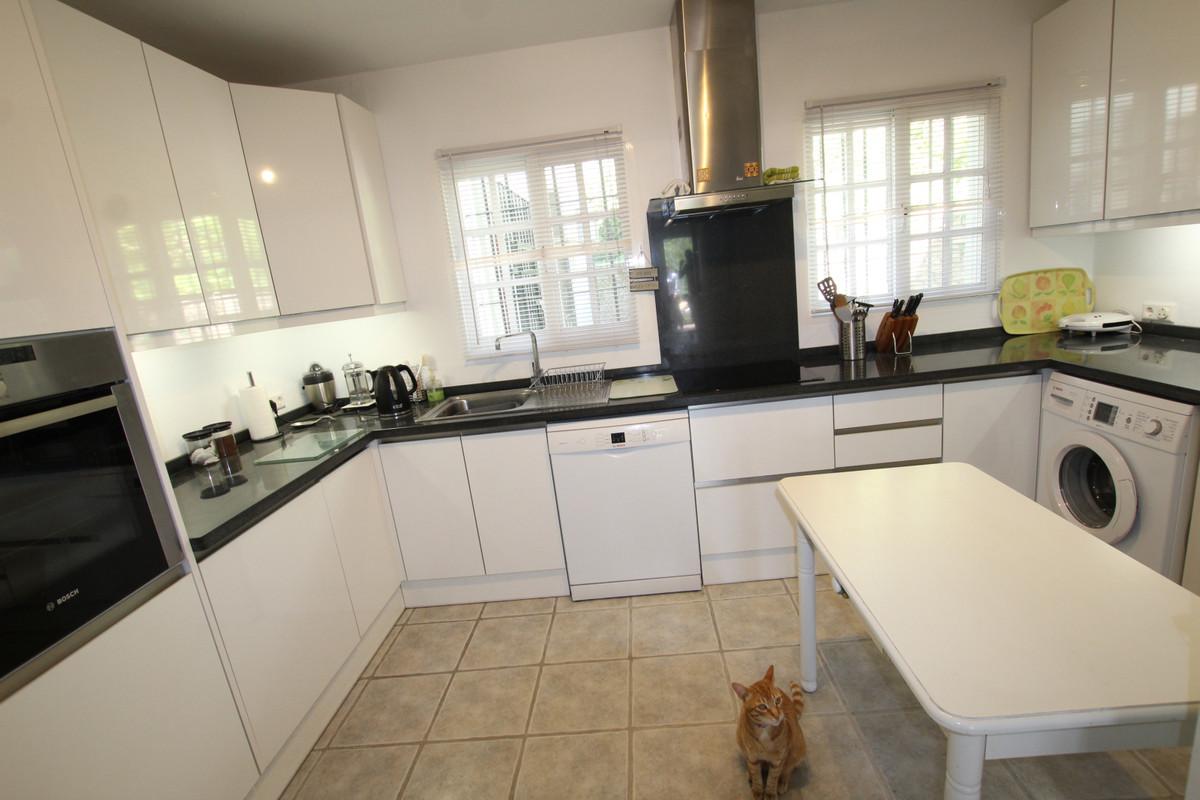 2 Bedroom Townhouse for sale Mijas