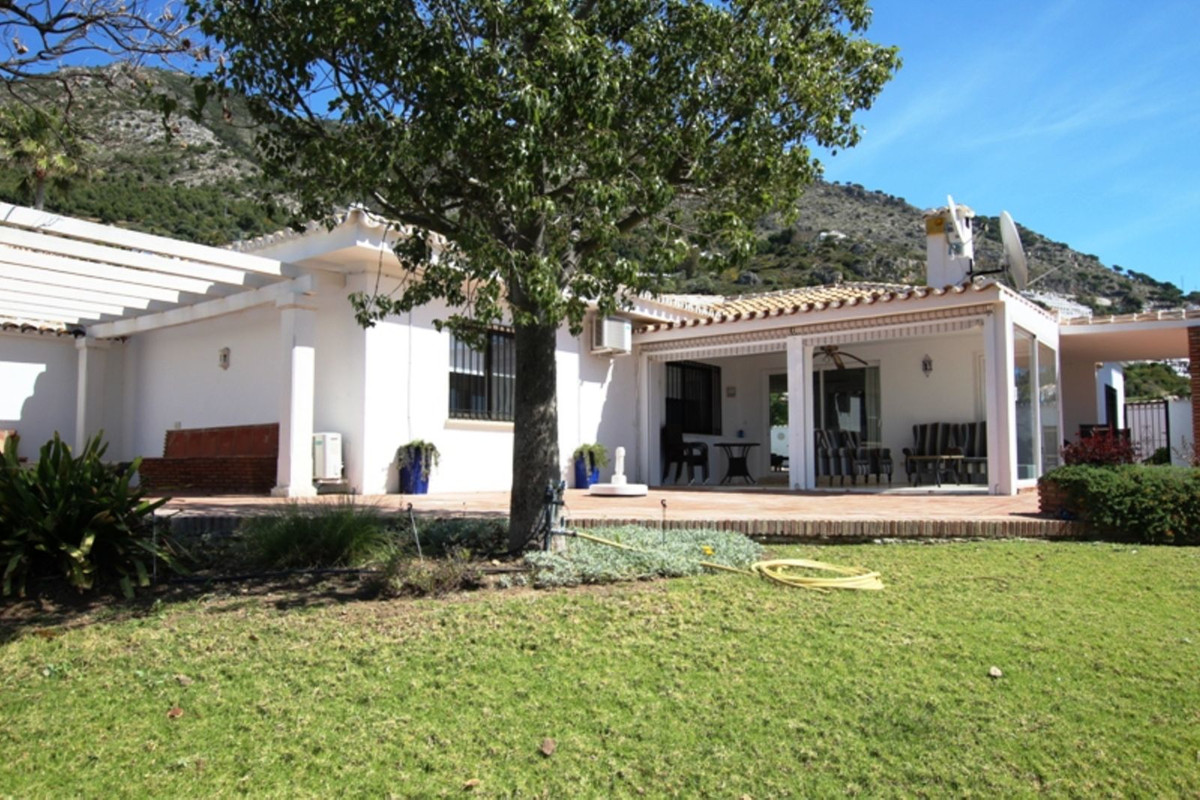 Beautiful detached villa with private pool and breathtaking views of the coast and surrounding count,Spain