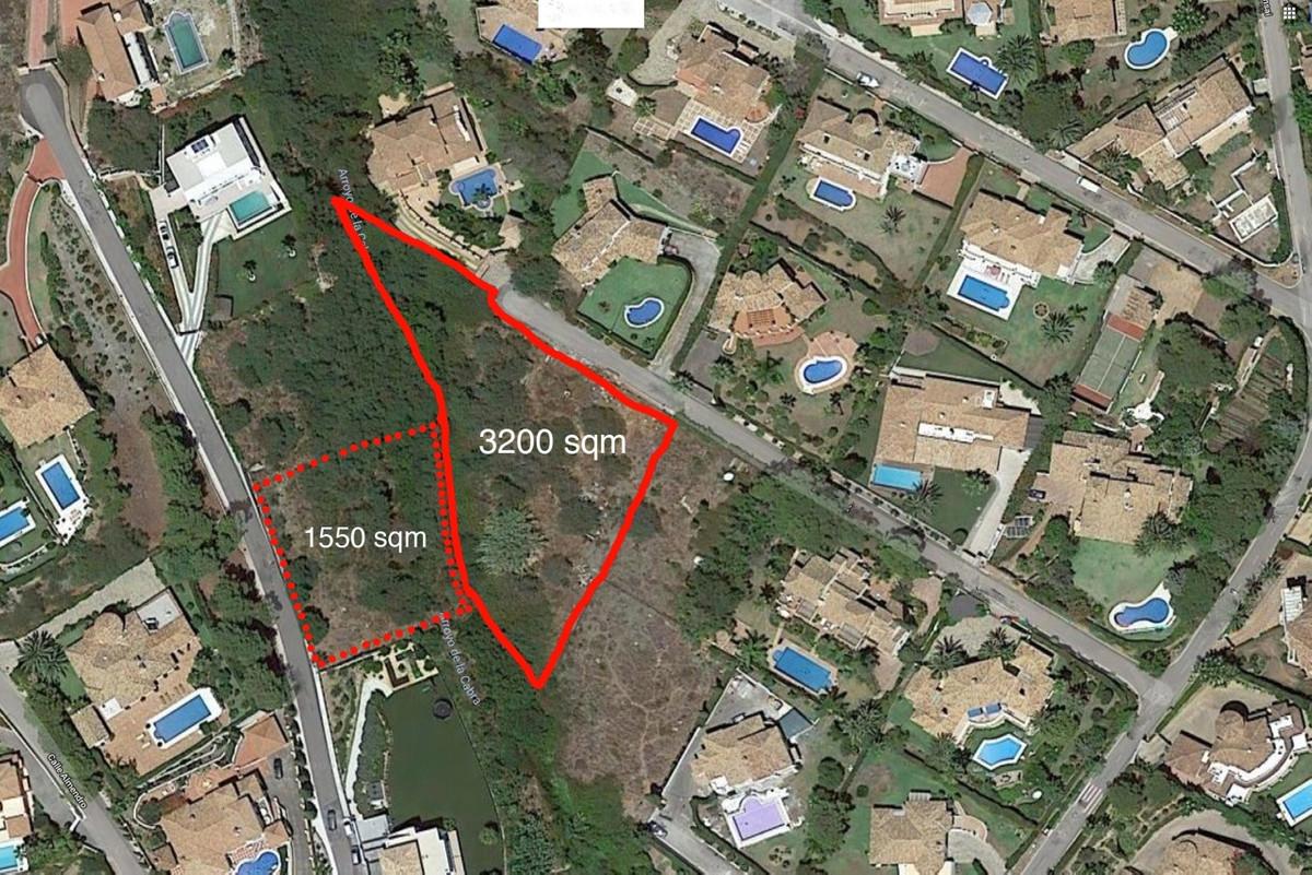 Stunning plot for sale in the prestigious area of El Paraiso, New Golden Mile, between Puerto Banus ,Spain