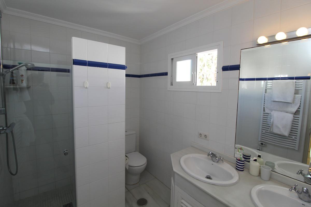 Apartment Penthouse Marbella Málaga Costa del Sol R3405595 8