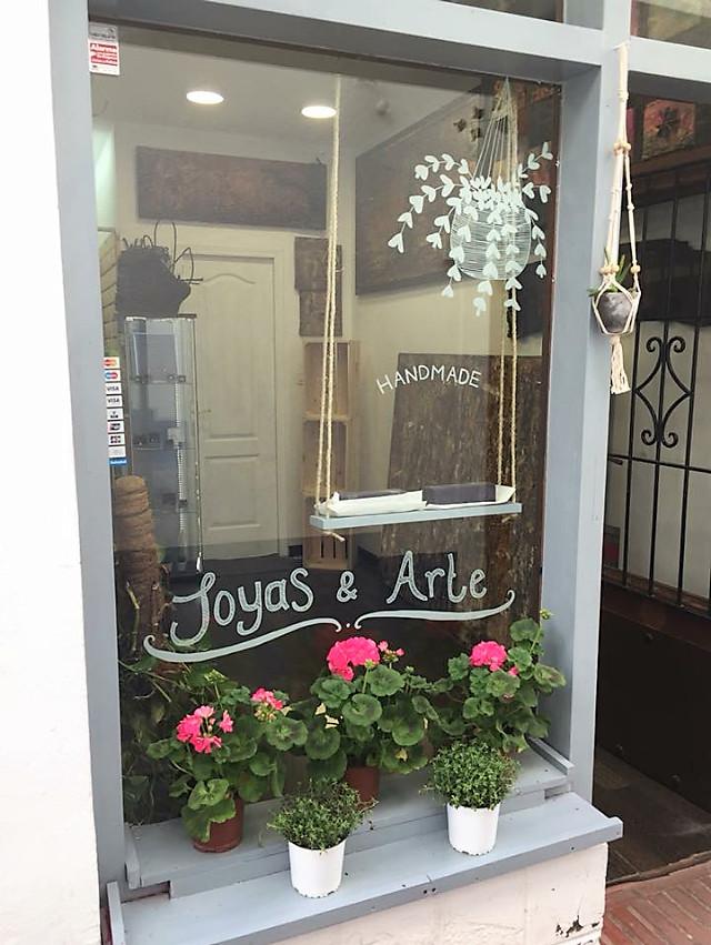 Shop, Marbella, Costa del Sol. 1 Bedroom, 1 Bathroom, Built 30 m².  Setting : Town, Commercial Area,,Spain