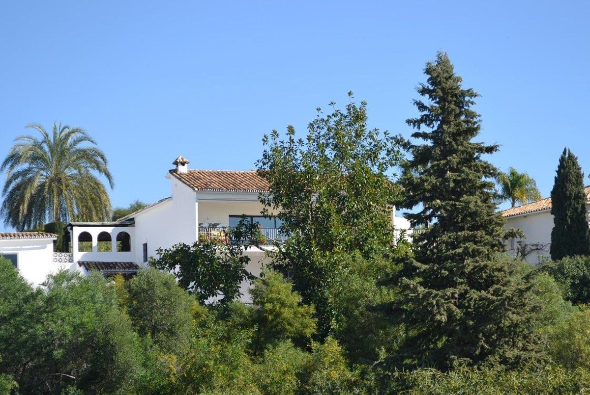 Detached Villa for sale in El Paraiso